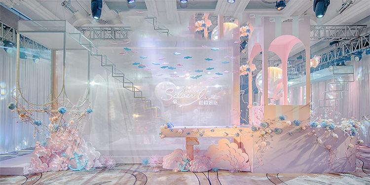 室外婚礼现场气球布置效果图【长沙蜜匠婚礼】