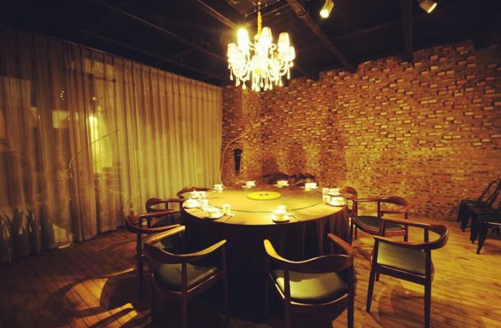 长沙龙颜一号艺术主题餐厅婚宴预订