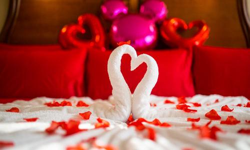 如何布置婚房图片大全 结婚婚房气球布置图片