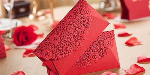 结婚新人要给哪些人发红包