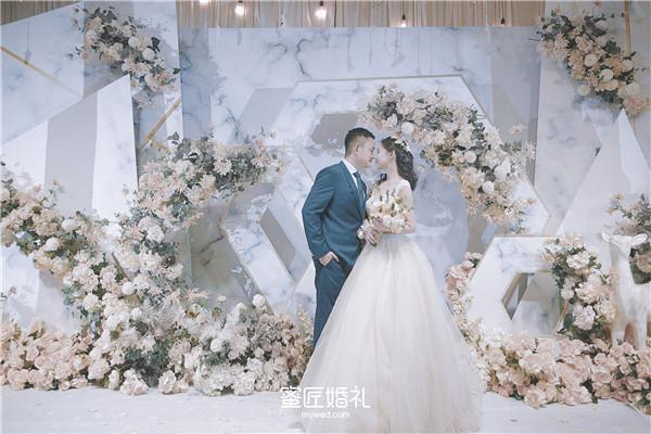 婚礼各种致辞大全 婚礼各种人物婚礼致辞
