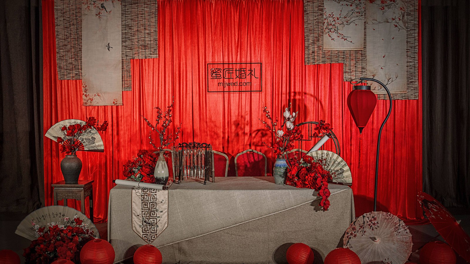婚礼宾客签到台物品有哪些 婚礼签到台物品摆件