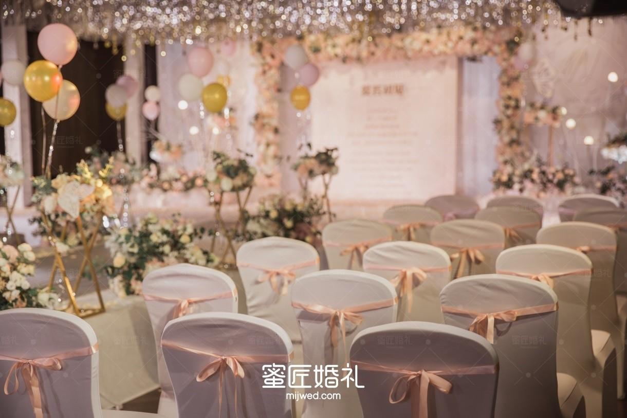 婚礼气球布置图片