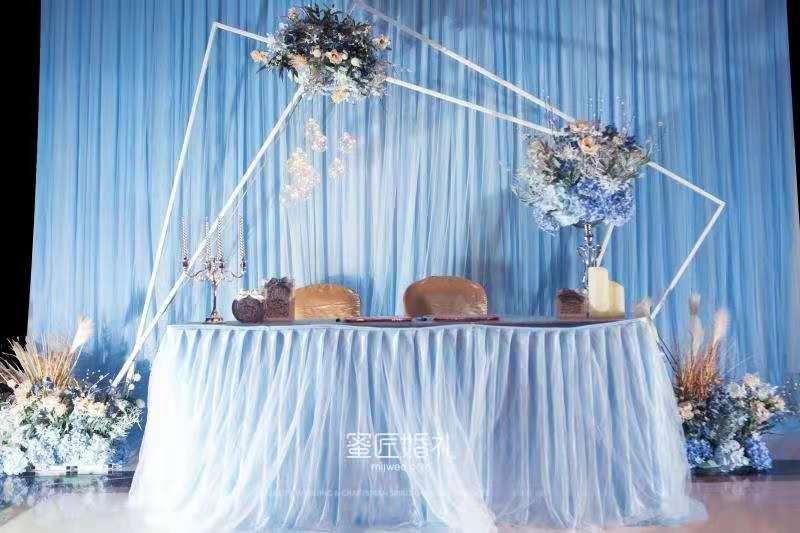 结婚甜品台一般都有哪些水果 婚礼甜品台水果推荐