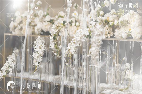 结婚纪念日买什么花