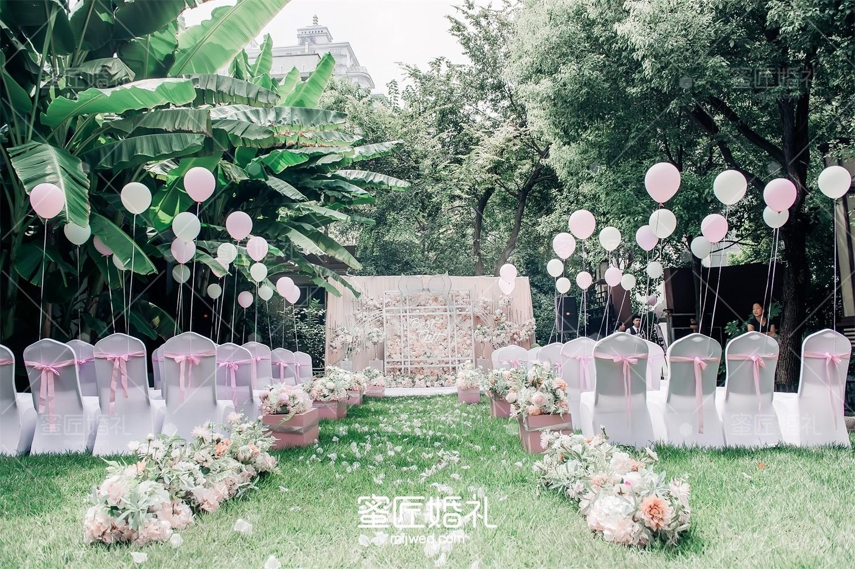 双机位跟拍婚礼多少钱