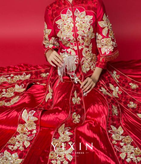 过年结婚新娘礼服 新娘红色结婚礼服