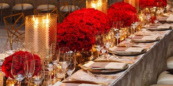 户外婚礼和吃饭流程
