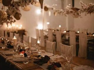 草坪婚礼宴席怎么办