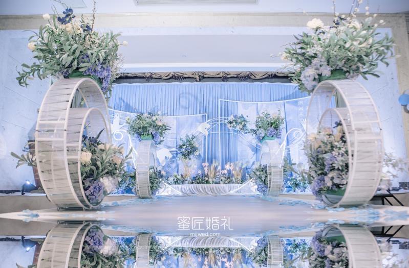 婚礼留影区如何自行购买材料