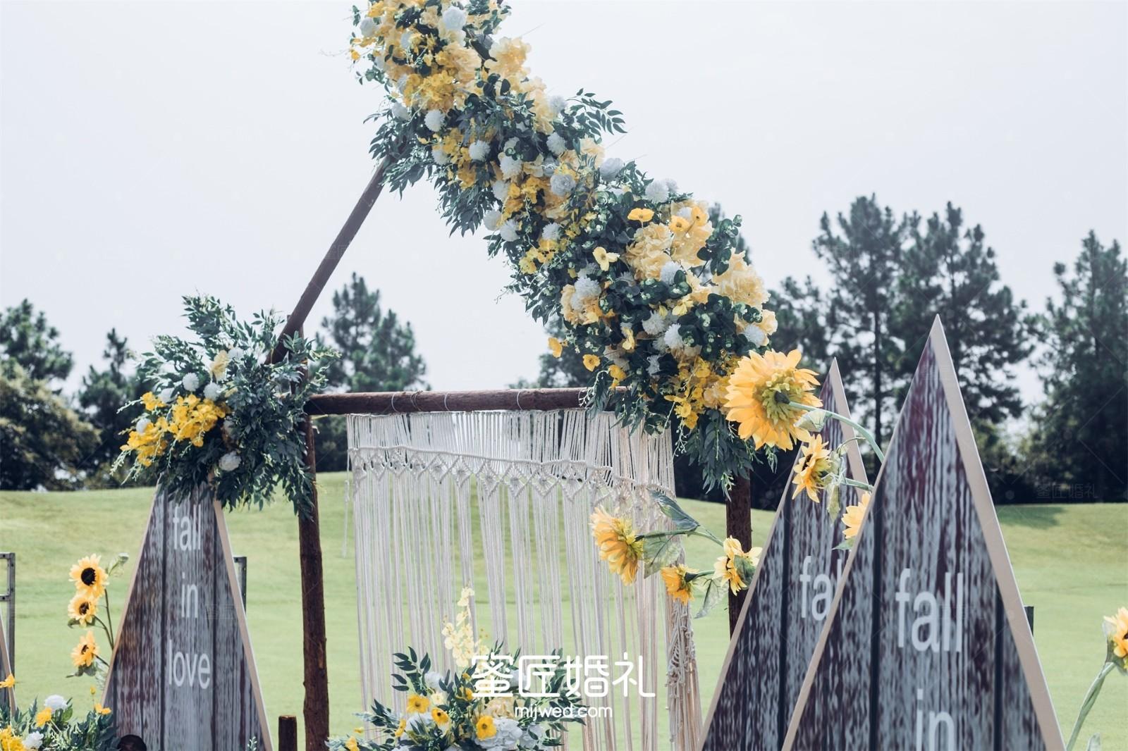 高端大气婚礼布置图片梦幻