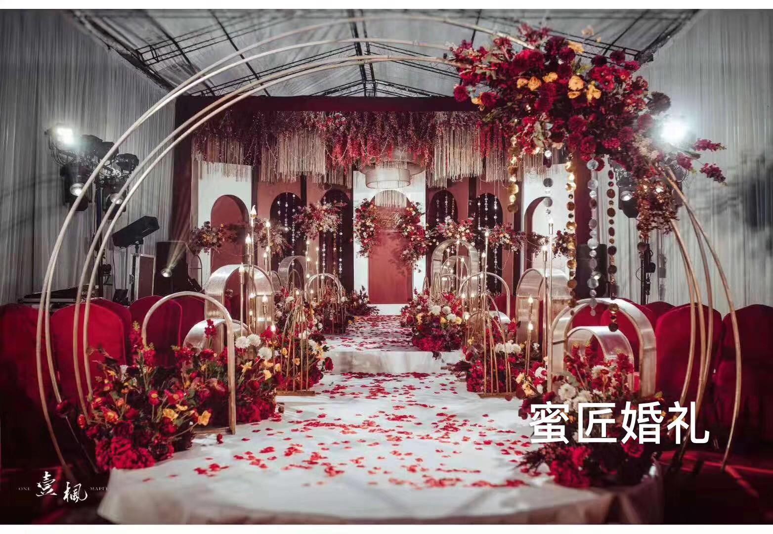 红色主题西式婚礼有哪些