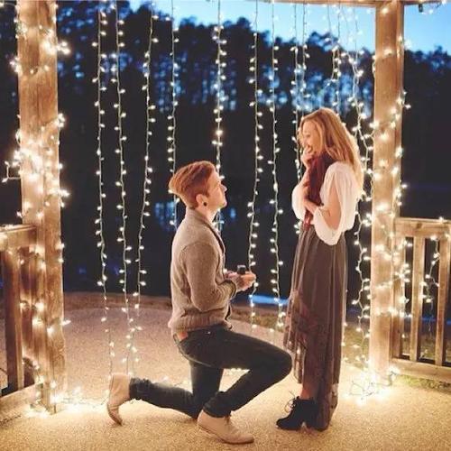在室内餐厅求婚怎么布置比较浪漫
