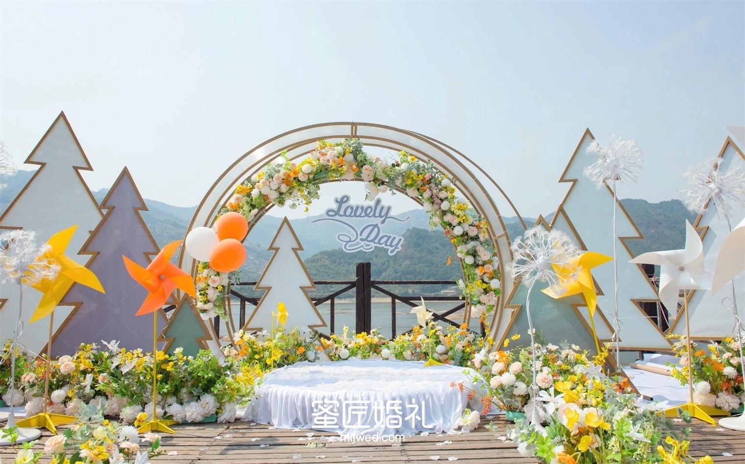 农村高端婚礼现场布置效果图