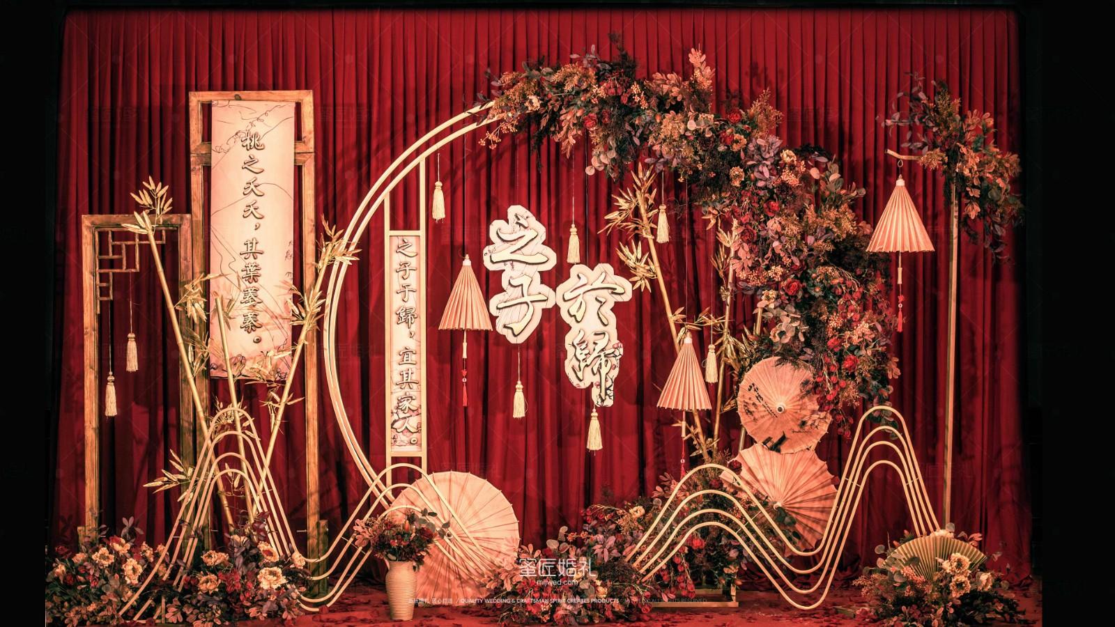 武汉户外办婚礼多少钱,武汉户外婚礼较普通多少钱