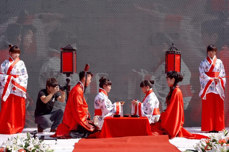 中式婚礼男士婚服 中式婚服男士