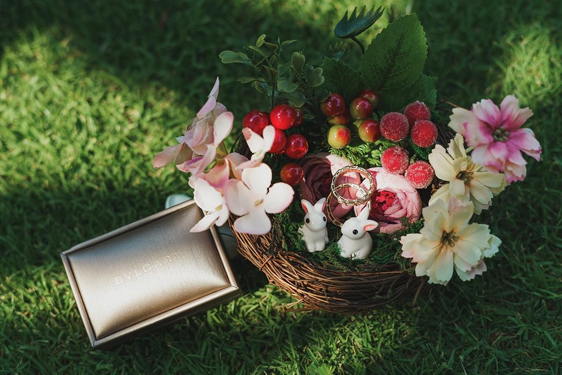 婚礼现场鲜花装饰技巧 婚礼现场布置插花教程