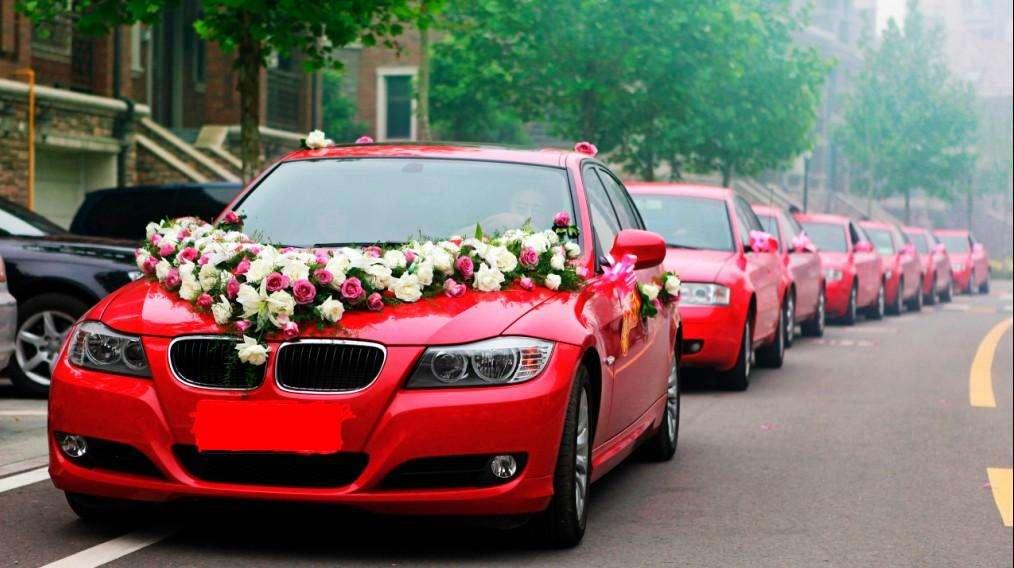 6辆婚车一般多少钱 租赁6辆婚车一般多少钱