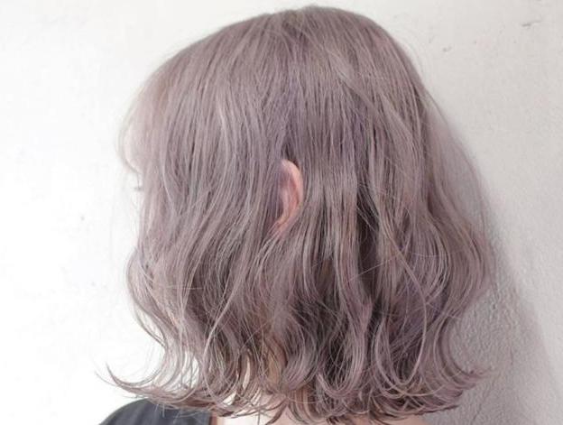 2021头发流行的发型颜色 2021年流行发色减龄的颜色