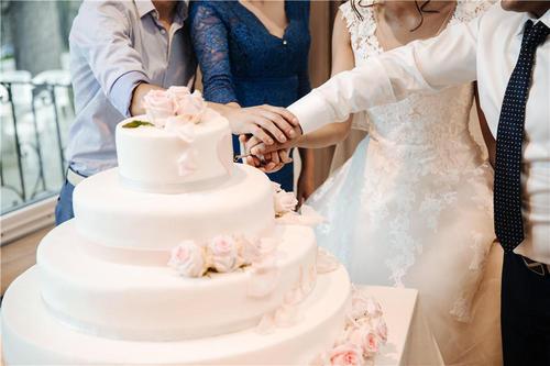 结婚纪念日四字金句 结婚纪念日四字成语