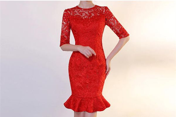 儿子结婚妈妈必须穿红色吗