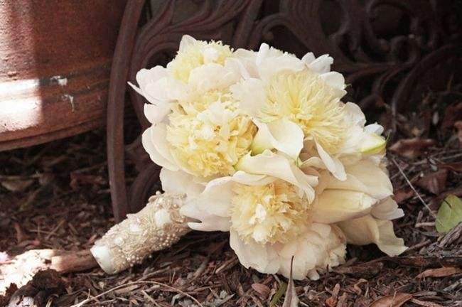 已婚的人还可以抢新娘捧花吗