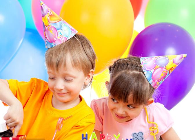 小棉袄生日发朋友圈句子 女儿生日低调发朋友圈句子
