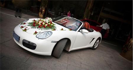 现在租一个婚车车队多少钱