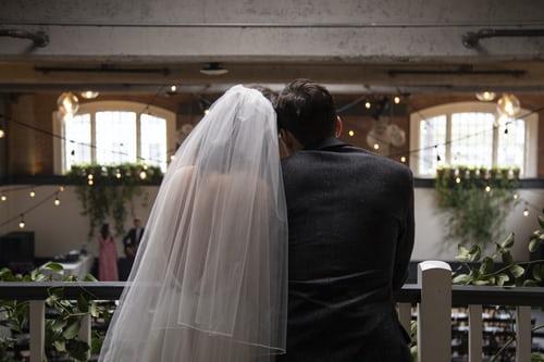 女方新婚答谢宴来宾致辞