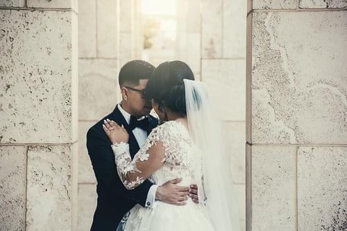 新婚快乐歌曲有哪些 结婚用什么歌曲最好听