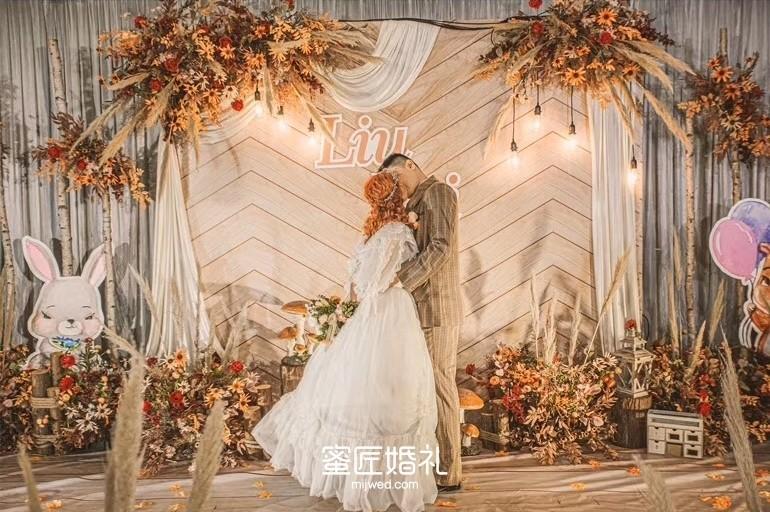 滑县婚礼跟拍要多少钱 滑县婚礼跟拍价格行情