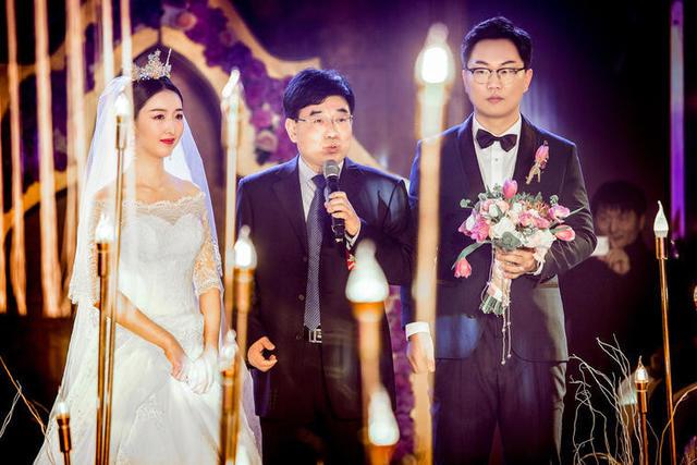 扬州一般婚礼司仪的价格 扬州婚礼司仪一场多少钱