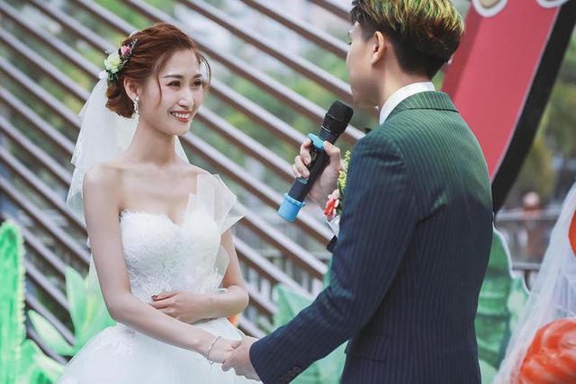 东阳婚庆摄影师多少钱 东阳婚礼摄像师一场多少钱