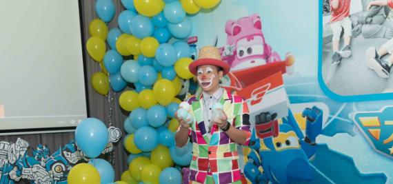 滑县宝宝宴气球布置一般多少钱 滑县宝宝周岁宴气装饰