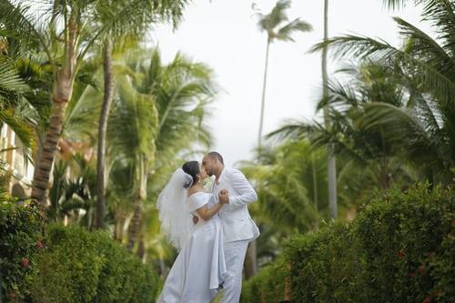 祝福新人结婚的歌曲 送给结婚新人的流行歌