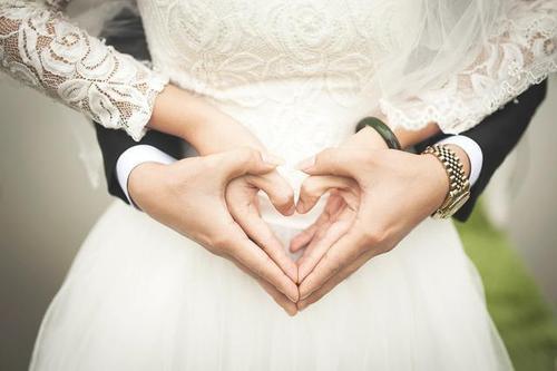 抖音上超级火的新娘说的话 新娘说的誓言词