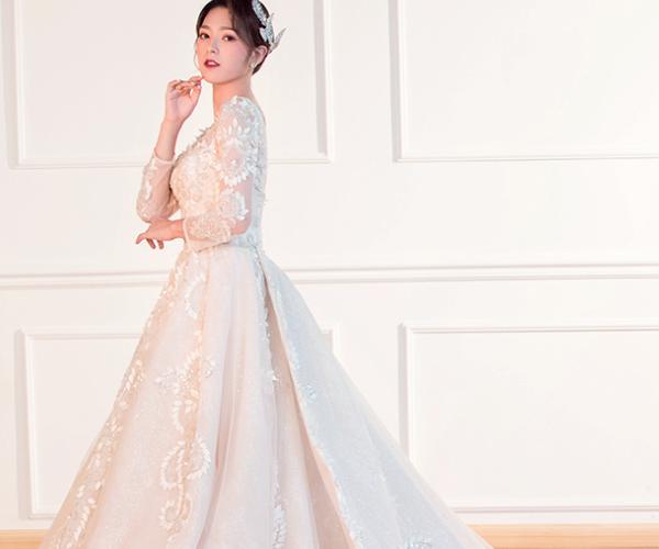 娄底婚礼服装一般需要多少钱 娄底婚礼服装的价格