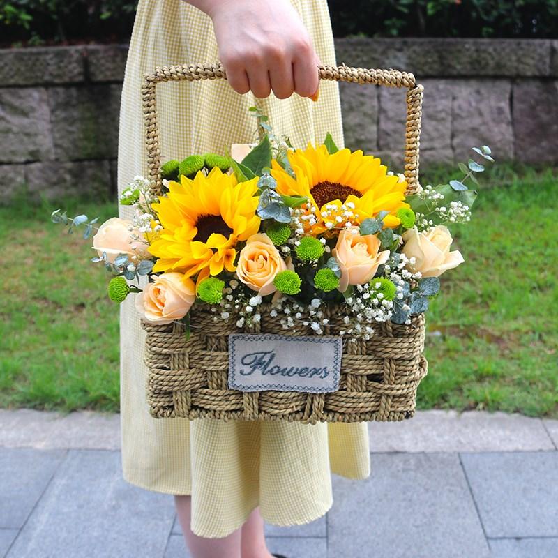 收到老公鲜花的说说心情短语 收到老公鲜花的说说短语