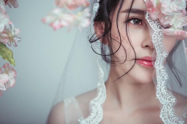 石家庄新娘化妆师跟妆流程 石家庄新娘跟妆价格明细表