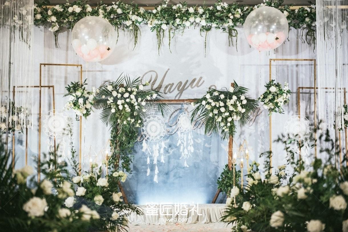 石家庄结婚场地布置多少钱 石家庄婚礼布置一般多少钱