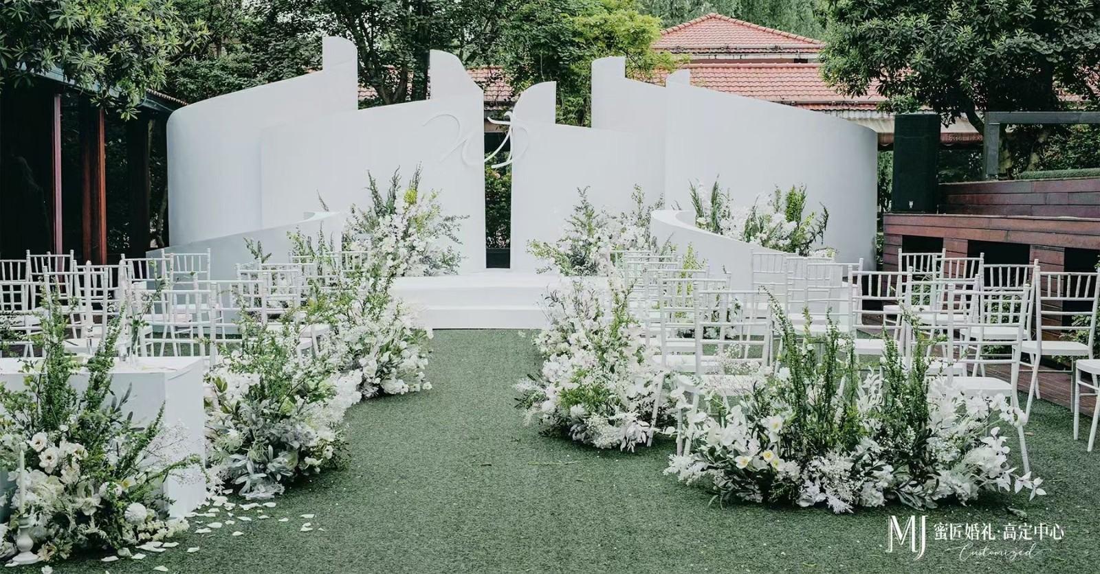 石家庄农村婚礼搭个舞台一般多少钱 石家庄婚礼现场布置要多少钱