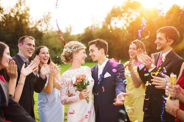 国庆结婚请帖怎么写