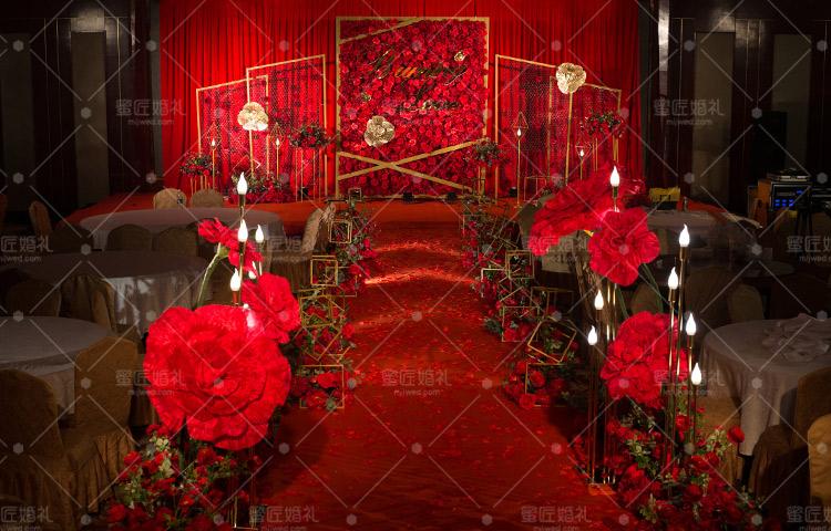新乡婚礼策划方案:炽爱