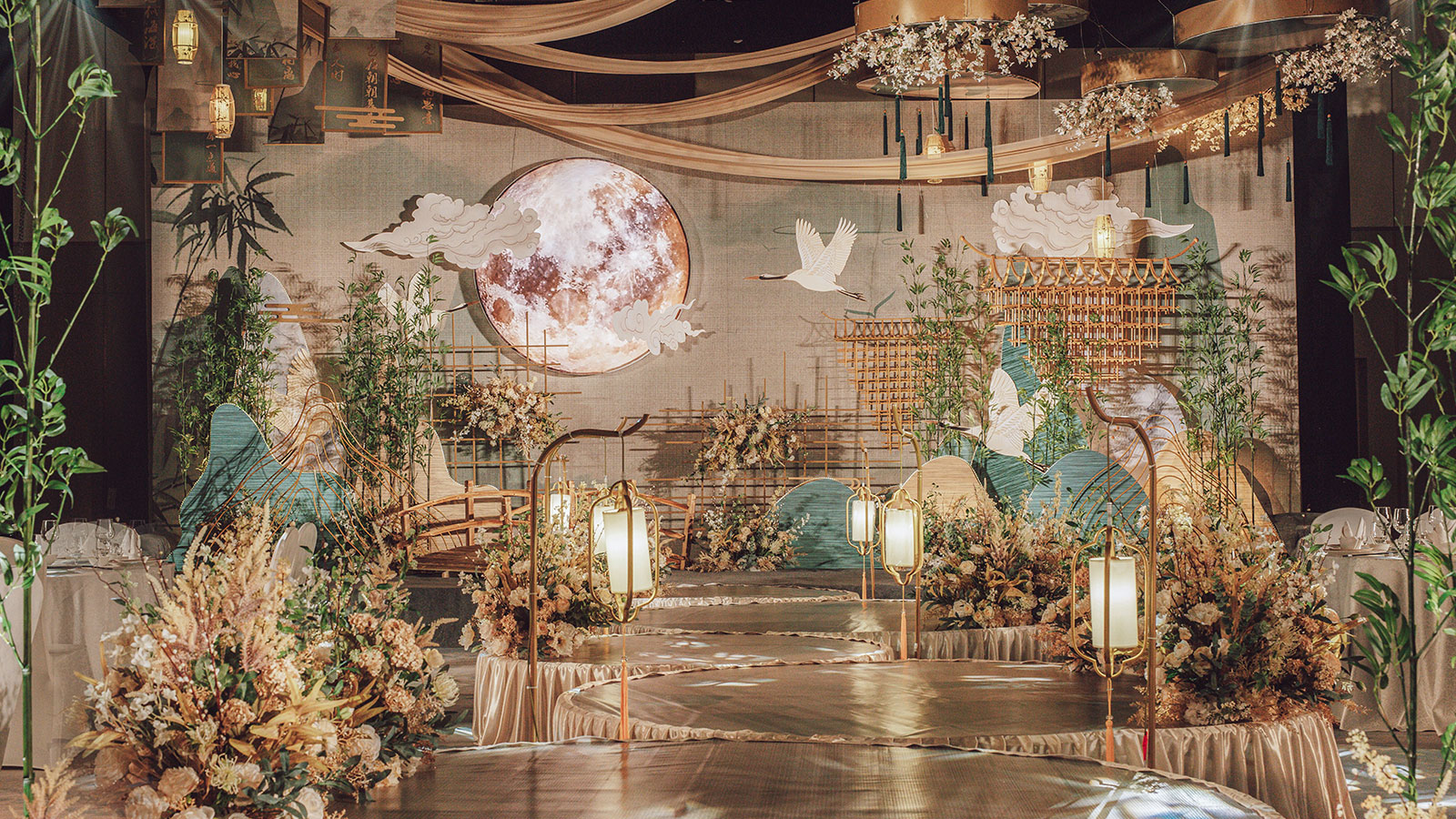 哈密地区婚礼策划方案:明月清风