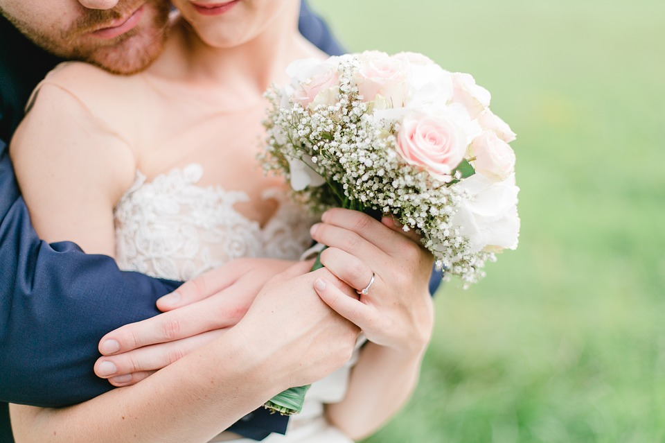 关系一般的同事结婚要随礼么