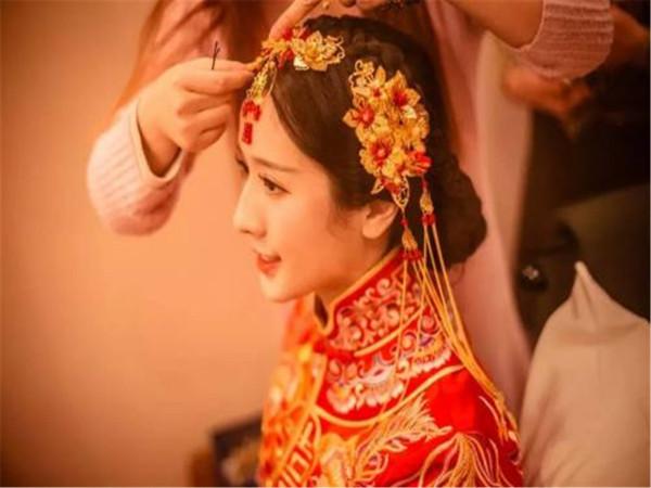 贵州农村结婚喊礼口诀 贵州农村结婚喊礼口诀简短